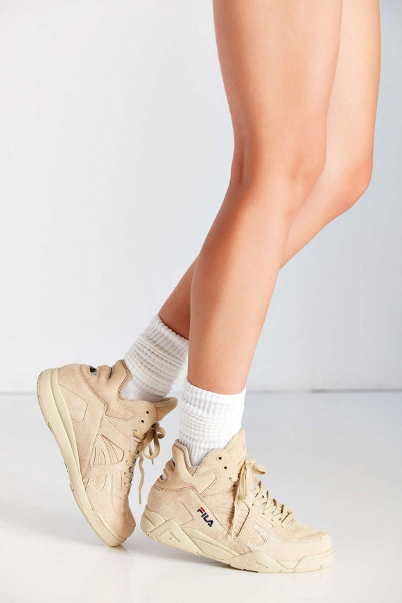 urban outfitters fila cage cream 1