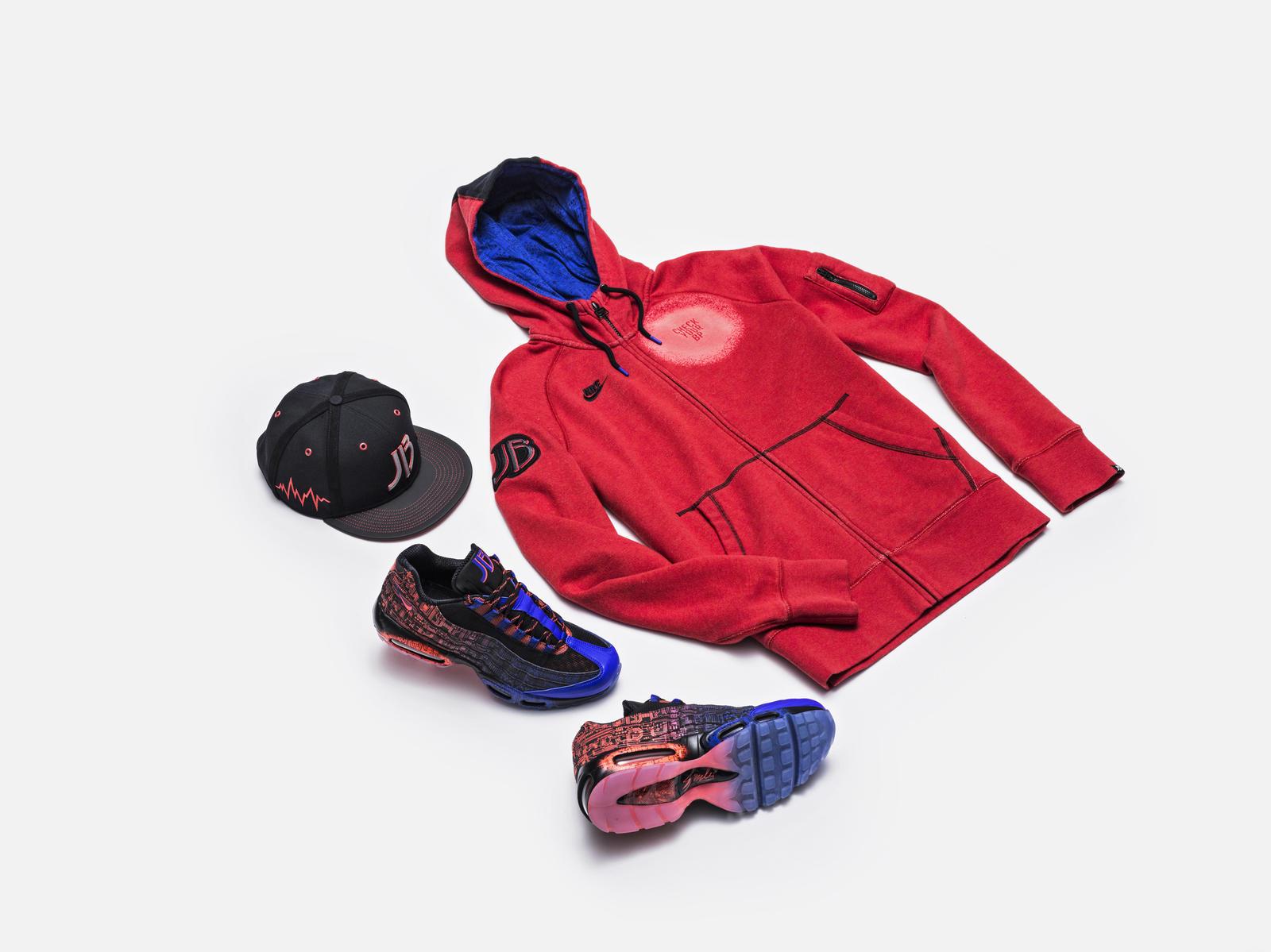 Nike_DBFS_2015_JACOB_GROUP_laydown_native_1600