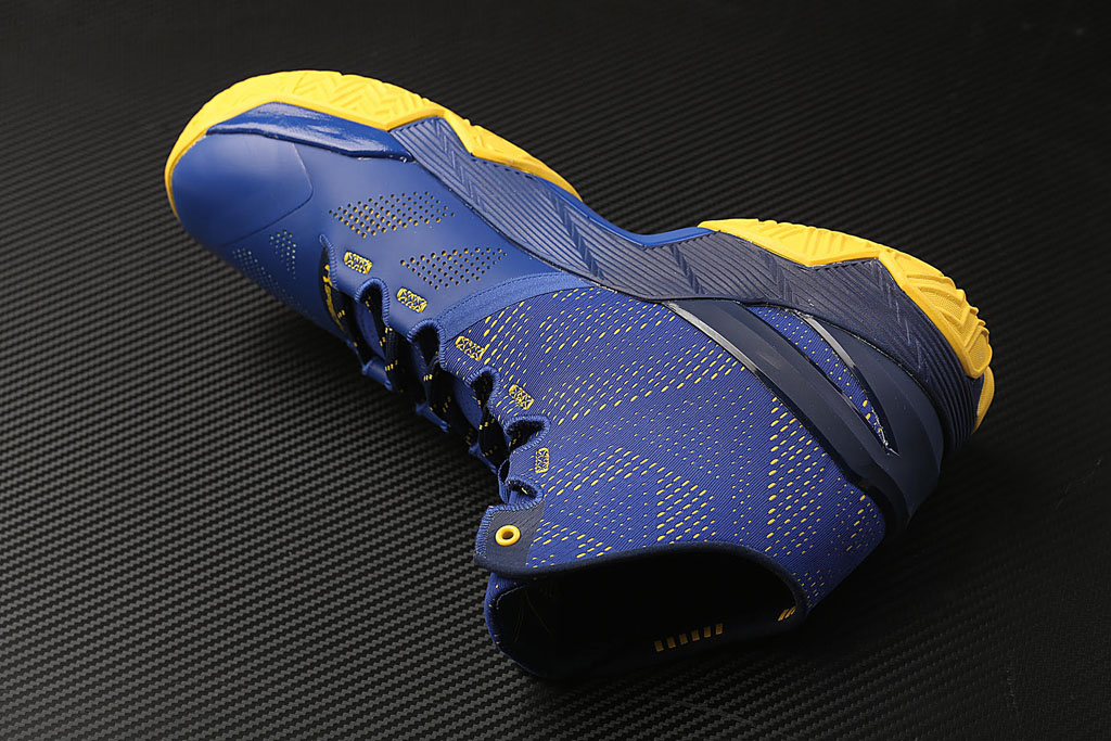 Under Armour Curry Two 2 Dub Nation medial