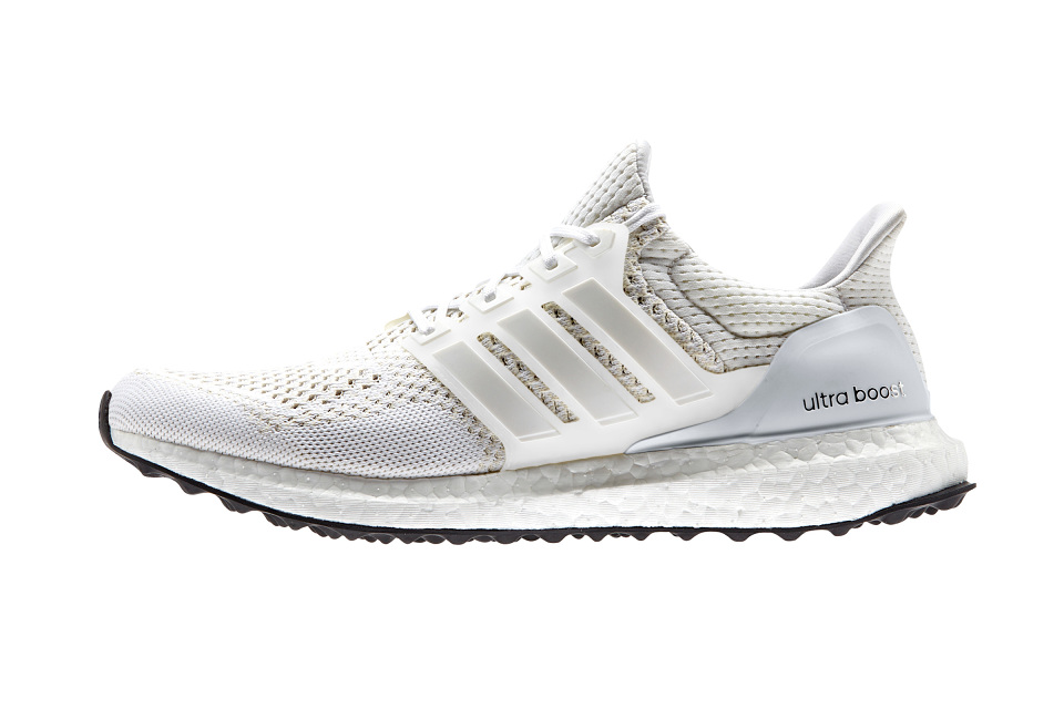 adidas-ultra-boost-all-white-001-960x640