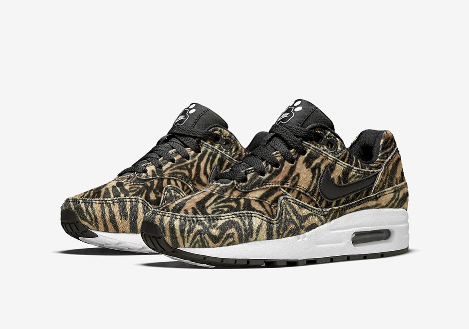 nike-air-max-90-wmns-zoo-pack-tiger-1