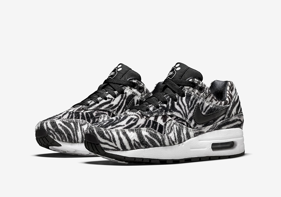 nike-air-max-90-wmns-zoo-pack-zebra-1