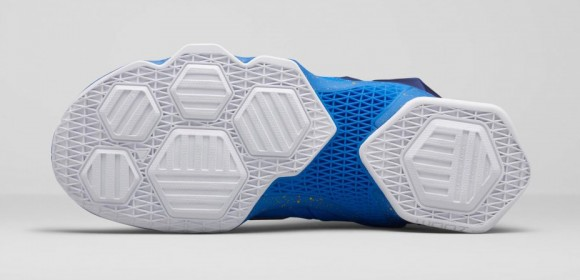 Get an Official Look at the Nike LeBron 13 'Balance' 6