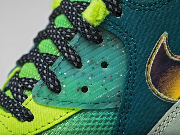 Nike Doernbecher Freestyle 2015 Collection 43