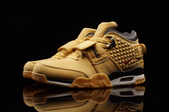 The Nike Air Trainer Cruz 'Haystack' Has Arrived Ahead of Schedule-1