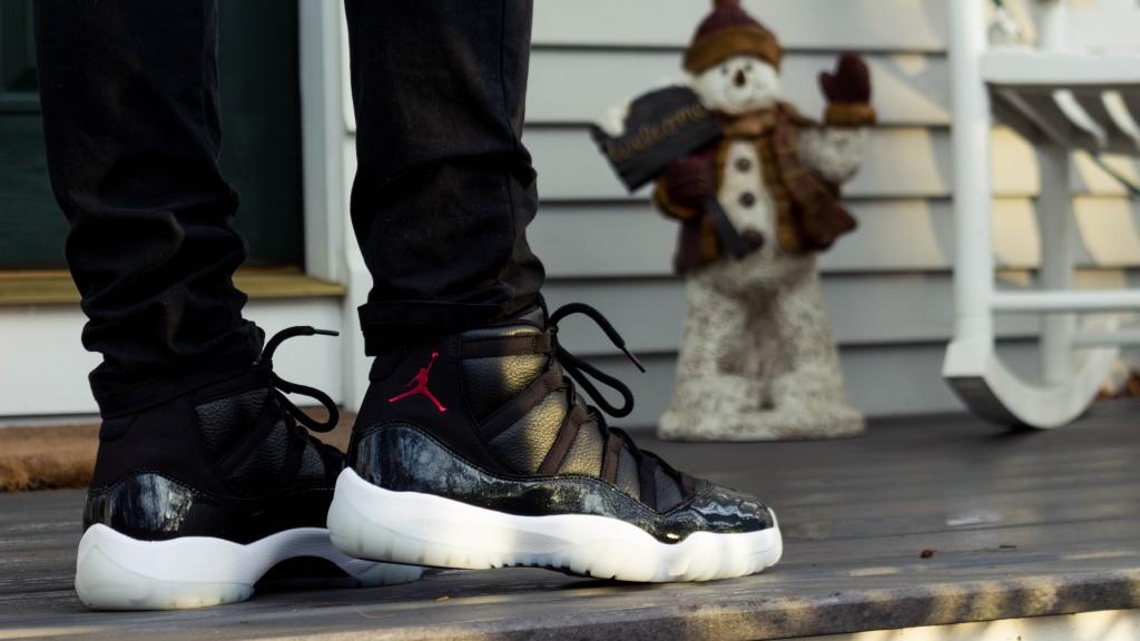 Air Jordan 11 Retro 72-10 (1 of 1)