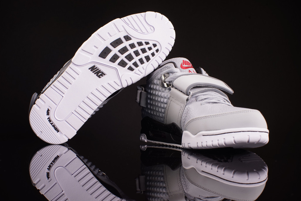 Check Out the Nike Air Trainer Cruz in this 'Wolf Grey' Colorway-4
