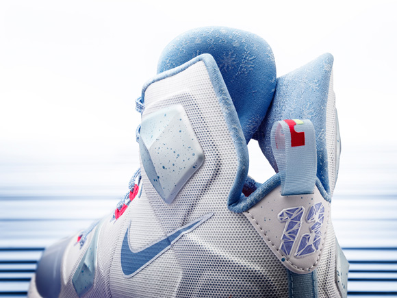 Feast Your Eyes on the Nike Basketball 2015 Holiday Collection 4