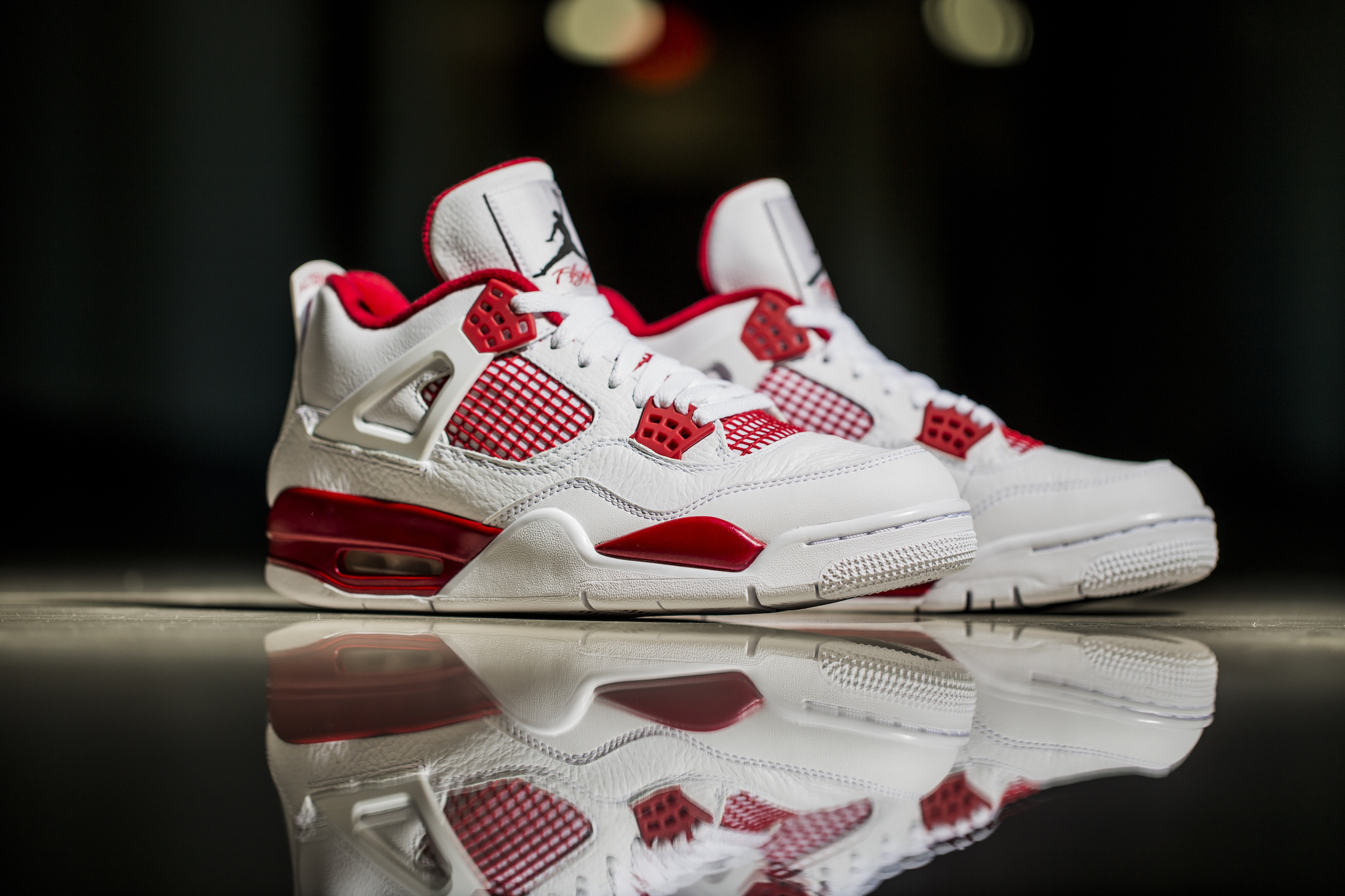 Get Your Best Look at the Air Jordan IV 'Alternate 89'-7