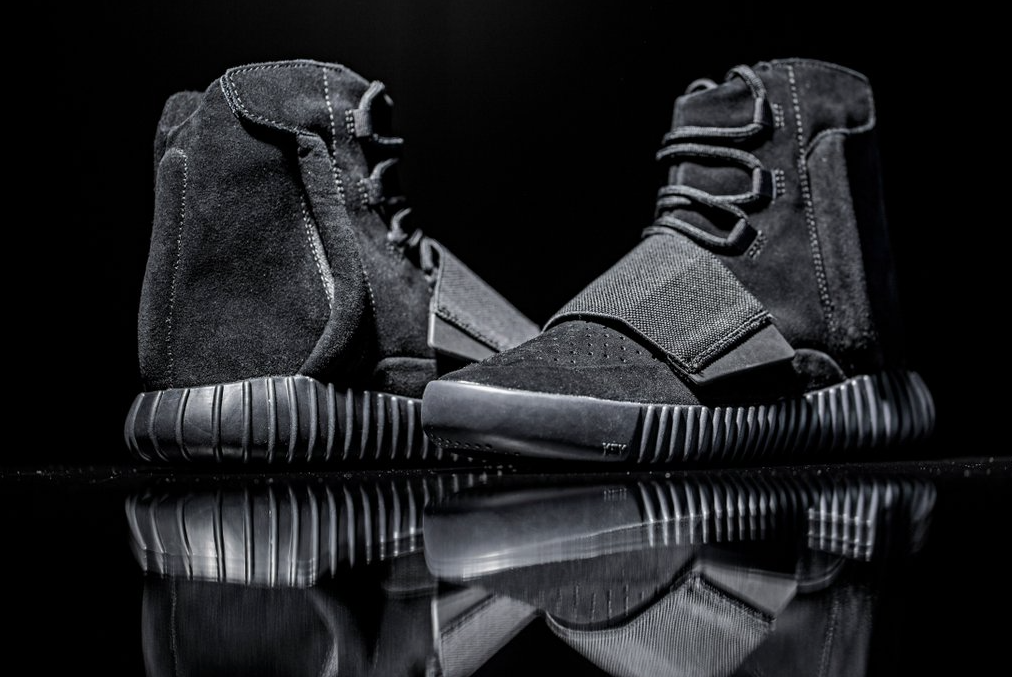 adidas-Yeezy-Boost-750-Black-61