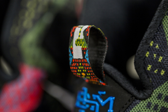 A Detailed Look at The Nike LeBron 13 'BHM' 5
