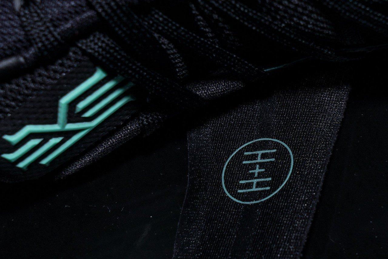 Nike-Kyrie-2-Green-Glow-4