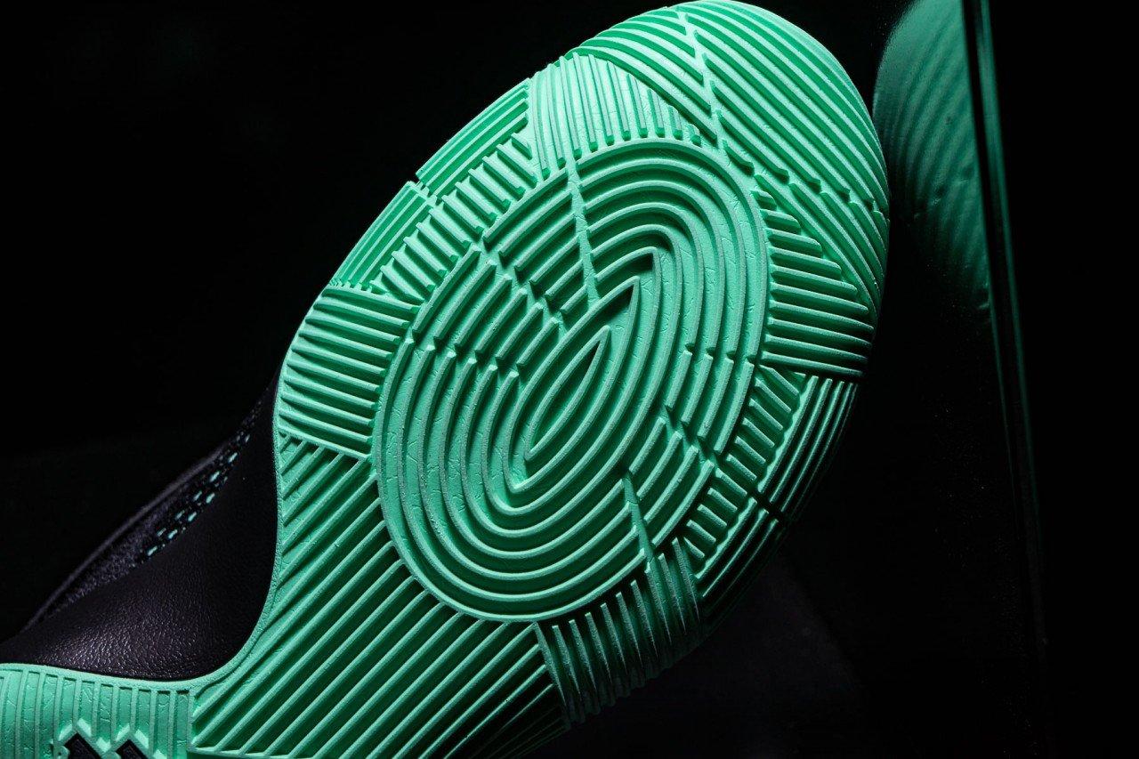 Nike-Kyrie-2-Green-Glow-8