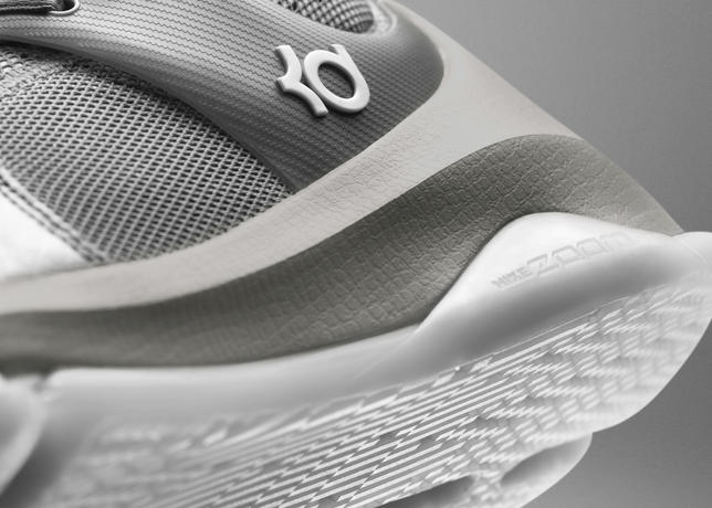 Nike Officially Unveils the KD 8 Elite 11