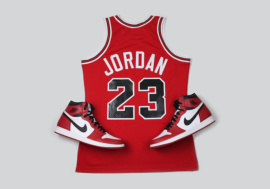 Mitchell & Ness is Releasing the Jersey Jordan Wore During his 63 Point Explosion-5