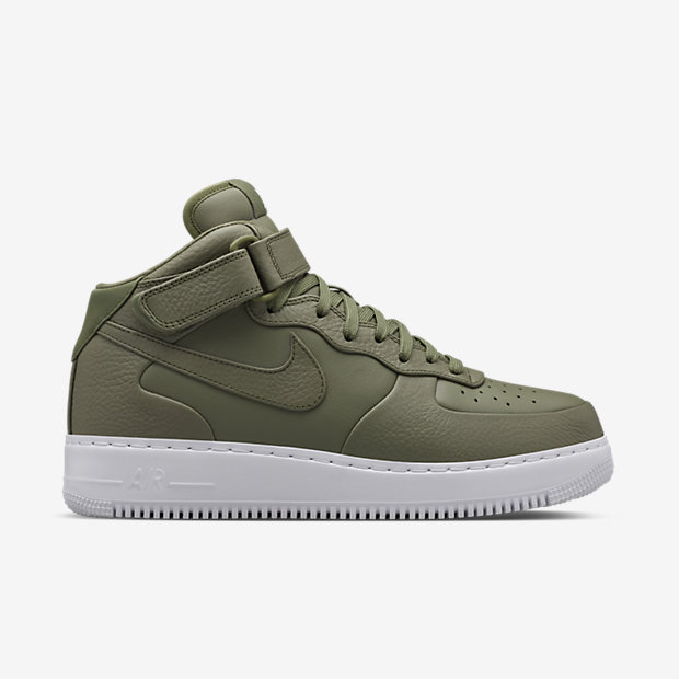 NIKELAB-AIR-FORCE-1-MID-819677_300_A_PREM