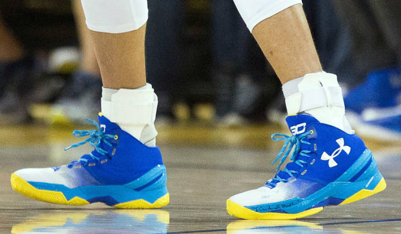 Take a Look at Steph's New PE of the Under Armour Curry 2-4