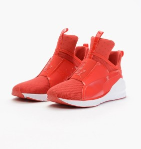puma-fierce-core-188977-04-red-kylie-jenner-283x300