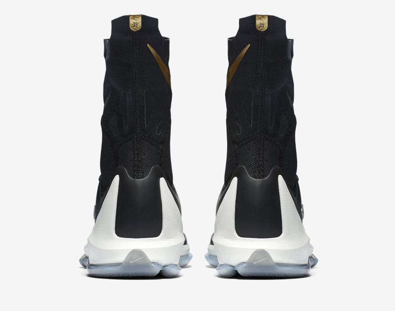 Here's an Official Look at the Nike KD 8 Elite in Black & Gold-1