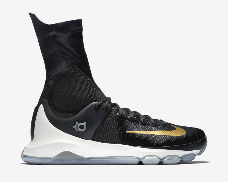 Here's an Official Look at the Nike KD 8 Elite in Black & Gold-5