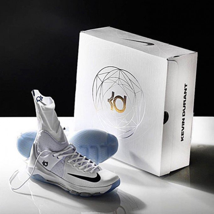 Nike KD 8 elite high with box