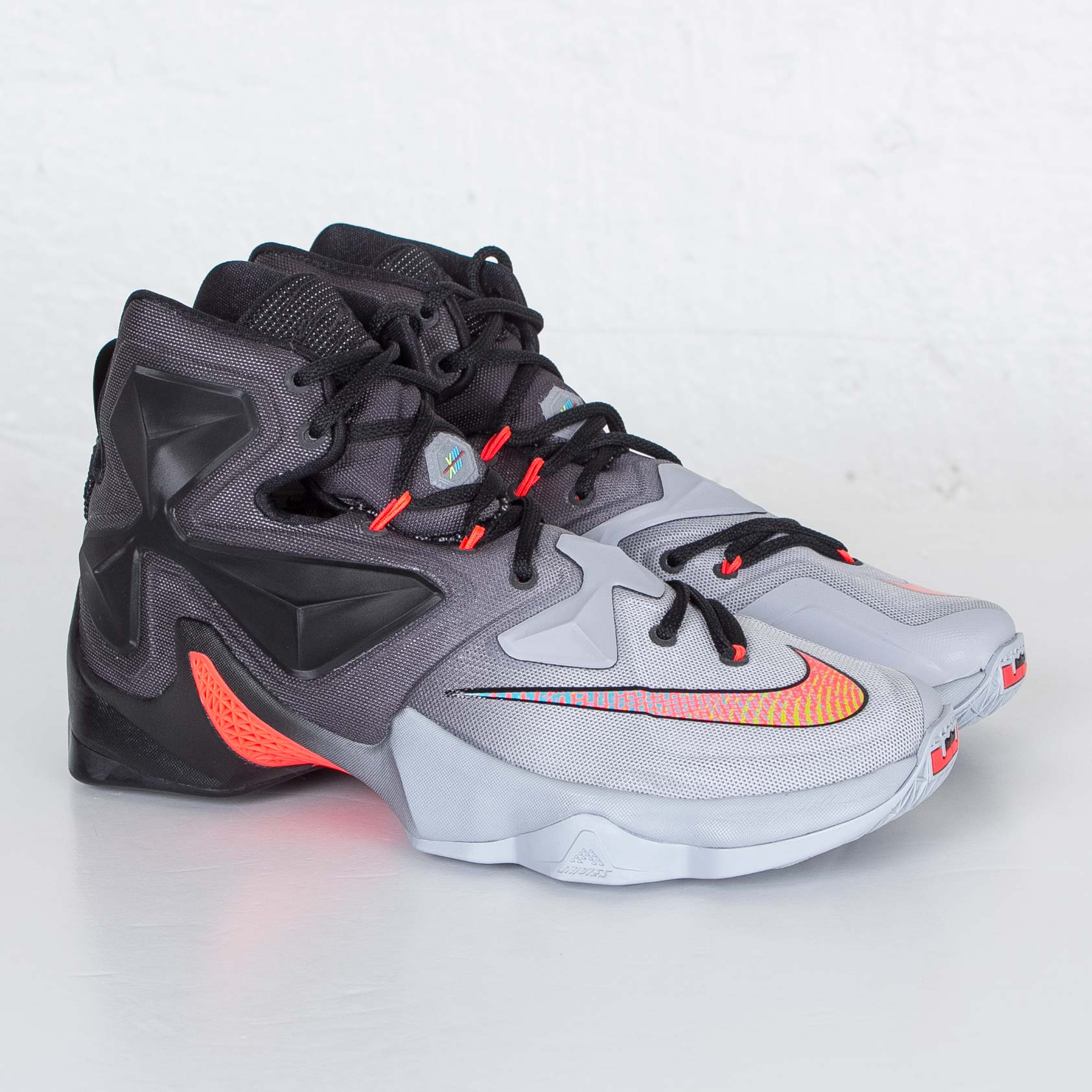 Nike LeBron 13 'On Court'