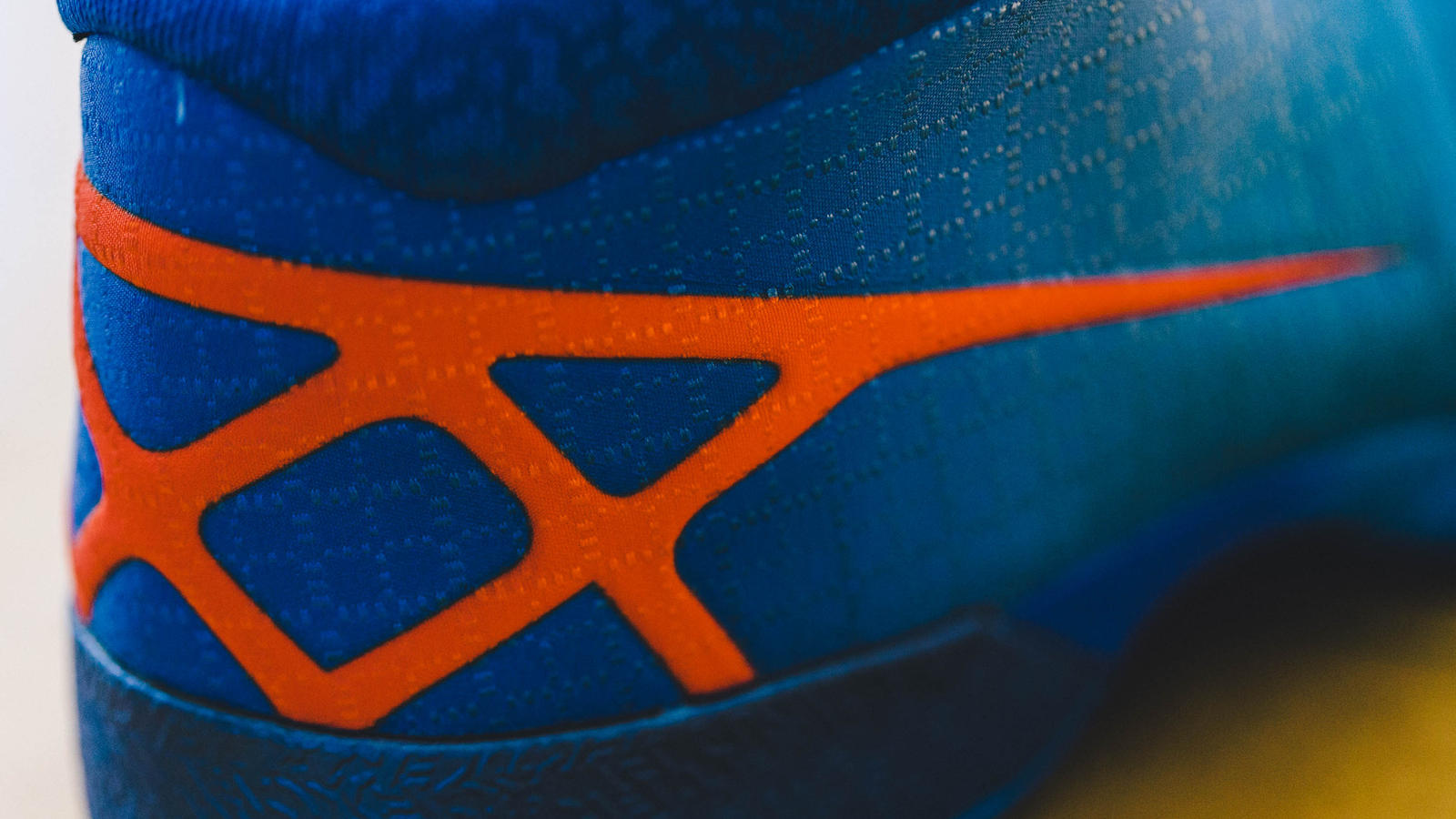 Take a Detailed Look at these Air Jordan XXX Playoff PE's-11