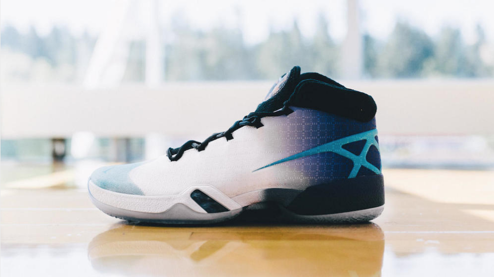 Take a Detailed Look at these Air Jordan XXX Playoff PE's-14