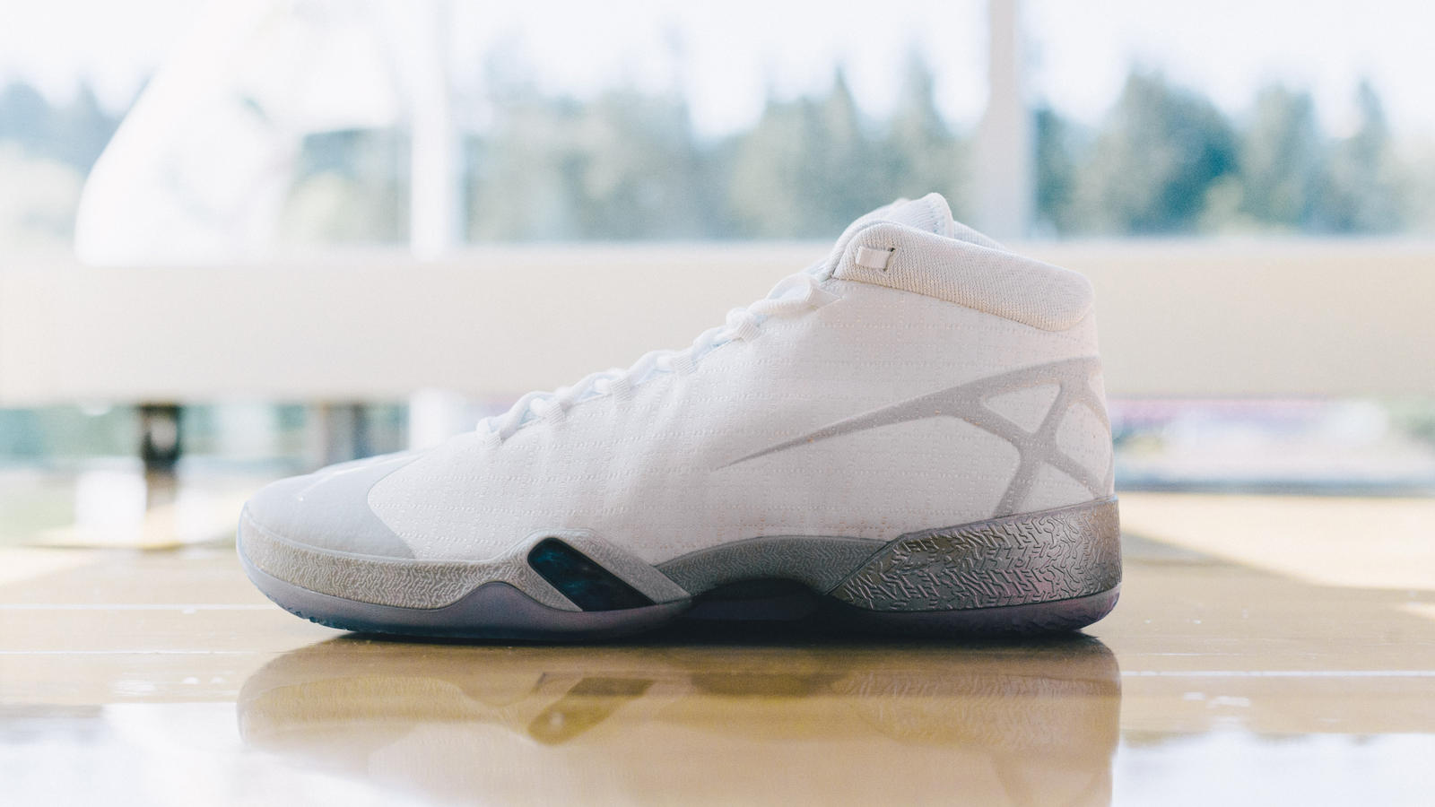 Take a Detailed Look at these Air Jordan XXX Playoff PE's-7