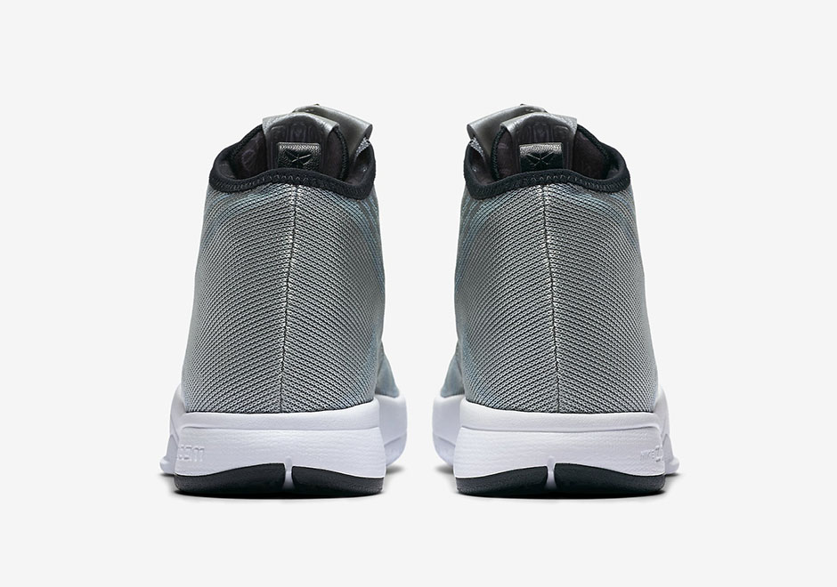 The Nike Zoom Kobe Icon Now Comes in Metallic Silver 5