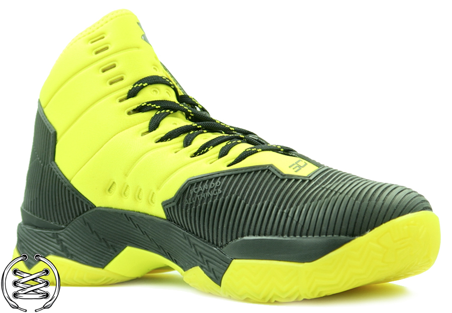 Under Armour Curry 2 5 Black Taxi | Detailed Look and Review 1