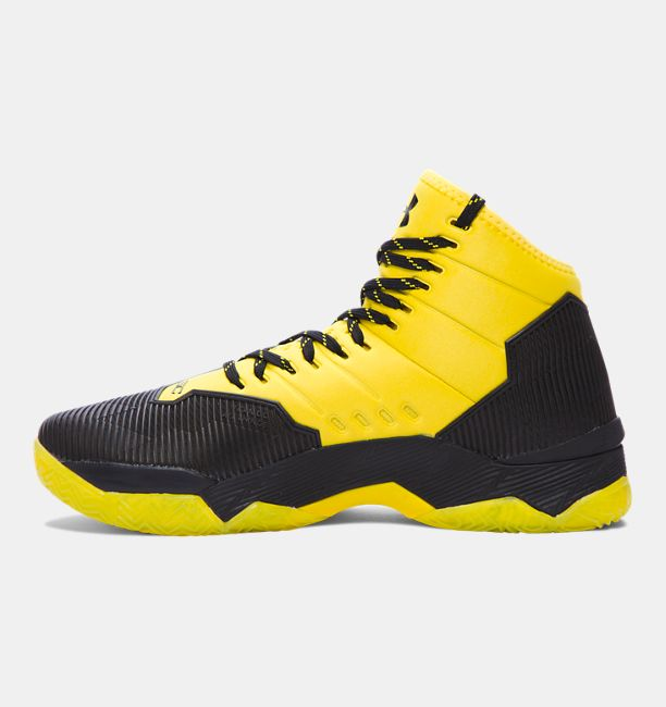 Under Armour Just Released the Curry 2.5 'Black Taxi'-2