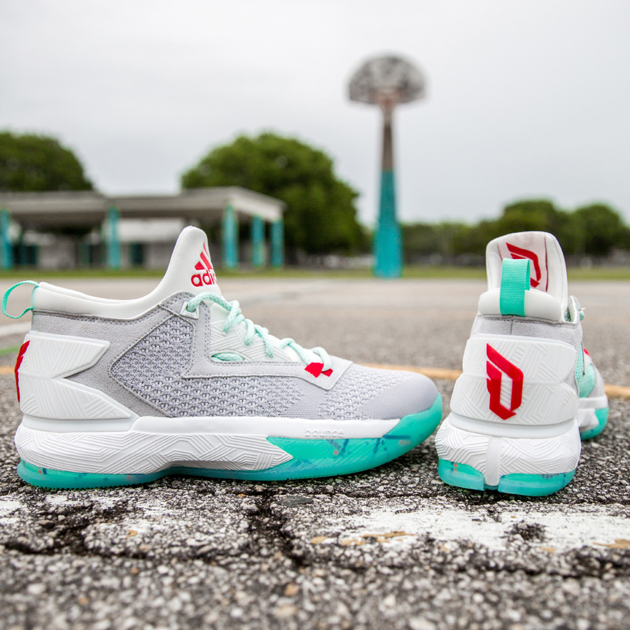 Get Up Close and Personal with the adidas D Lillard 2 'PDX Carpet' 2