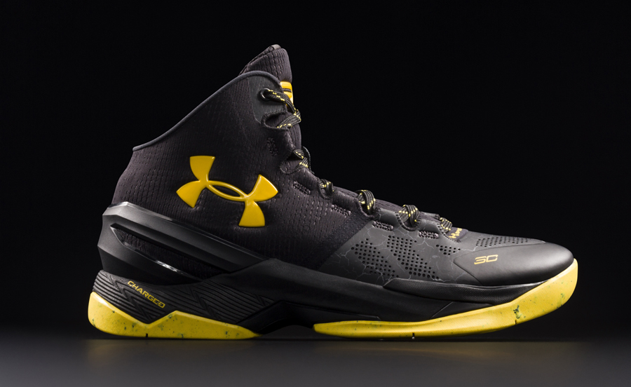 Get an Official Look at the Under Armour Curry 2 'Black Knight' 1