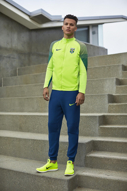 NikeLab Dynamic Reveal Jacket 10