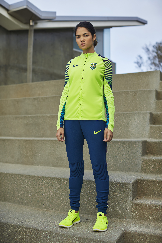 NikeLab Dynamic Reveal Jacket 9