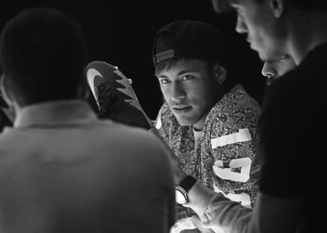 Jordan x Neymar 5