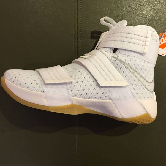 lebron soldier 10 XDR 1