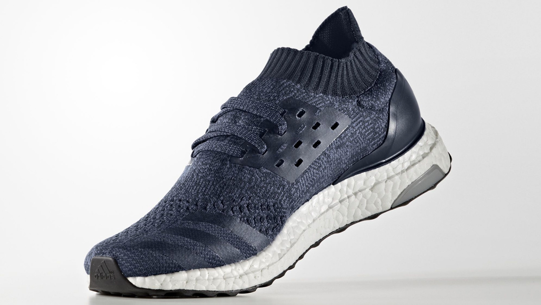 Adidas Ultra Boost Uncaged – Navy – Angle
