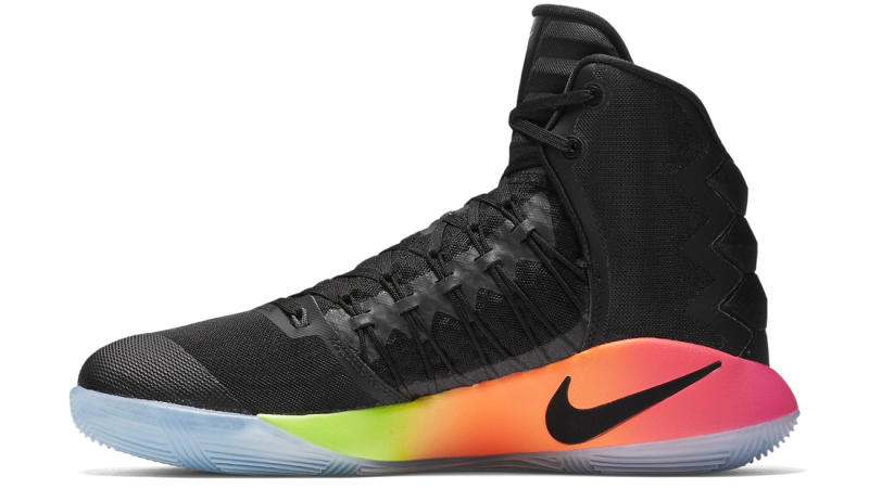 Check Out the Nike Hyperdunk 2016 'Unlimited'-4