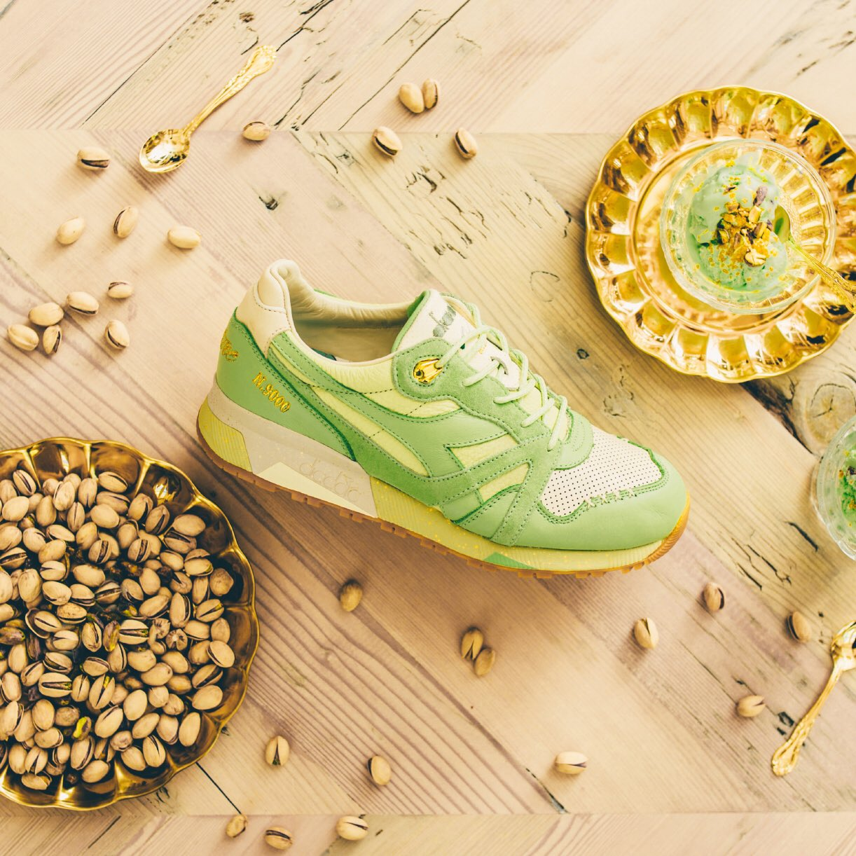 Feature x Diadora N.9000 Pistacchio 8