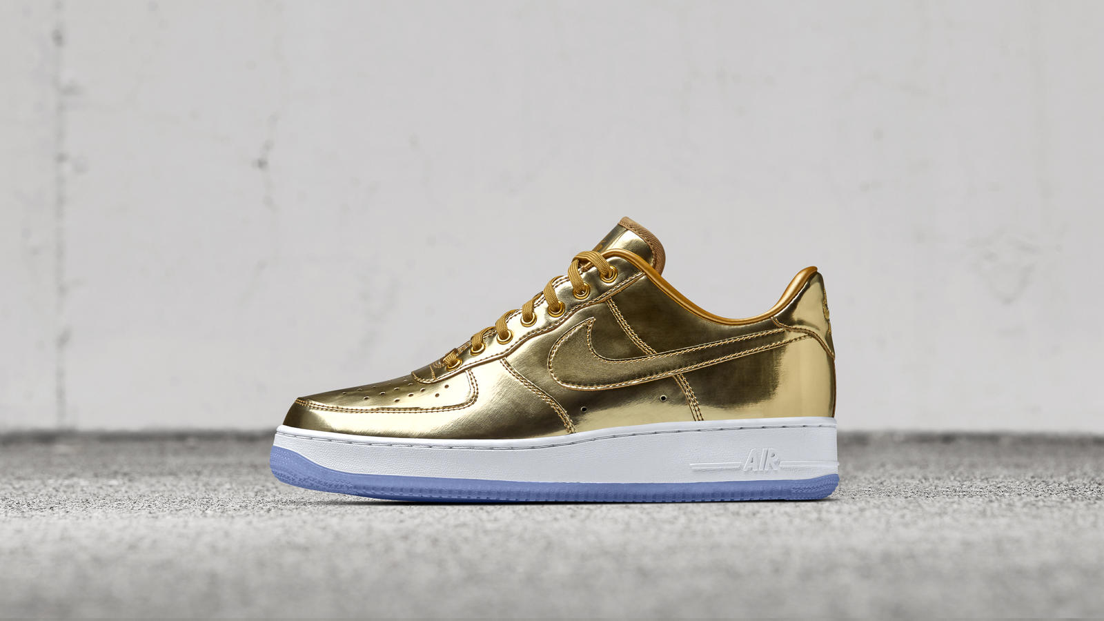 Five Models Aim for 'Unlimited Glory' on NikeiD-4