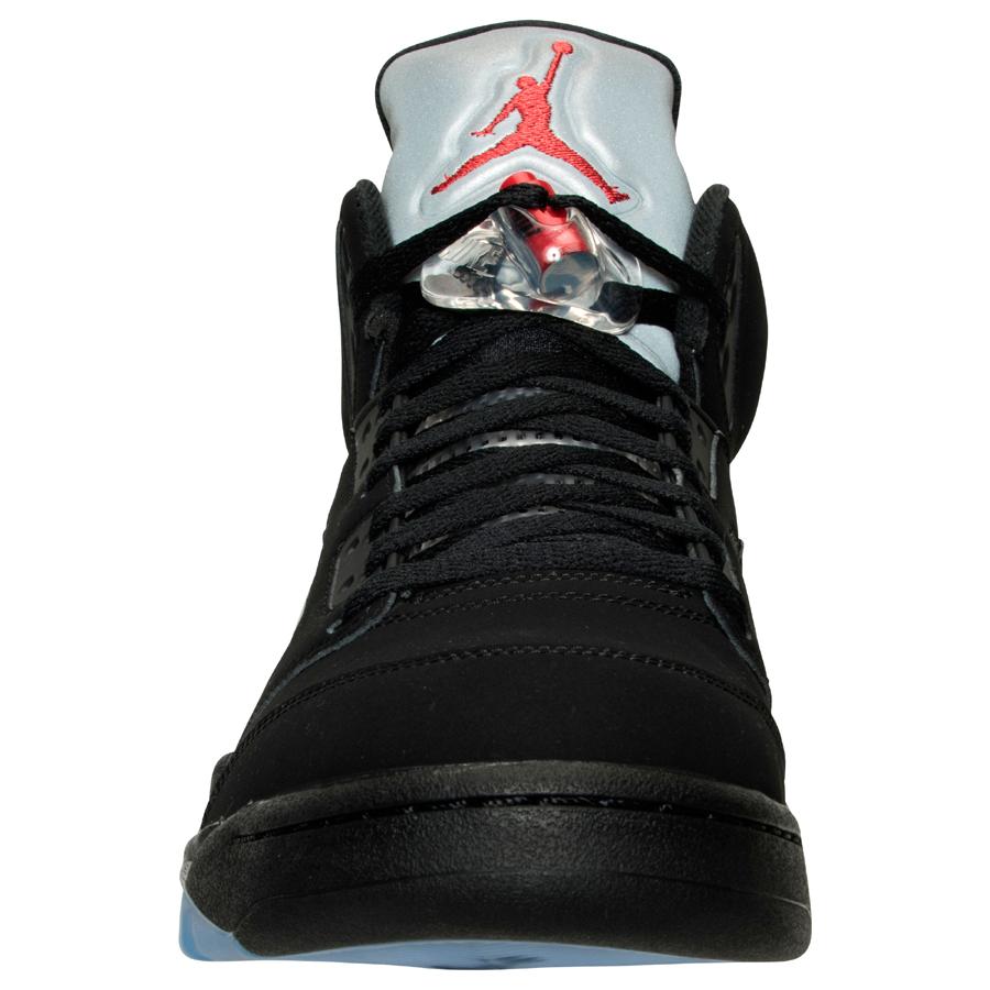 Get an Official Look at the Upcoming Air Jordan 5 Retro in Black Metallic Silver 3