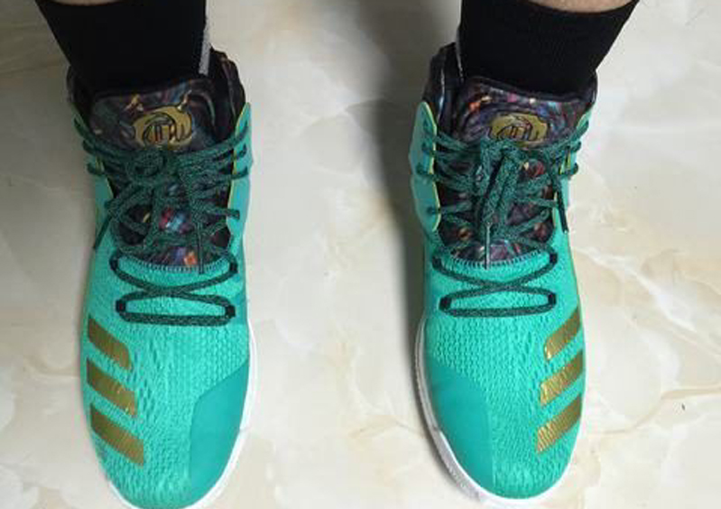 The adidas D Rose 7 is Spotted in Teal Gold 3