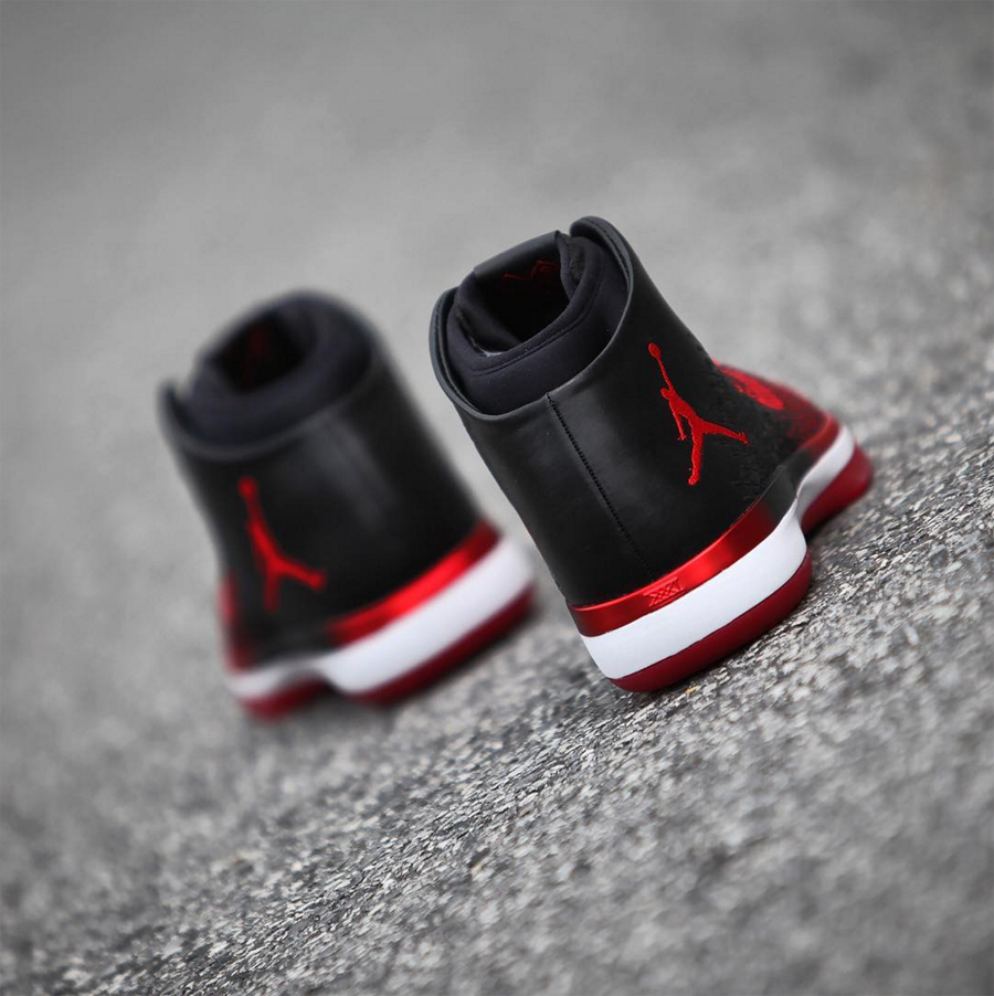 Get Up Close and Personal with the Air Jordan XXXI 'Banned' 7