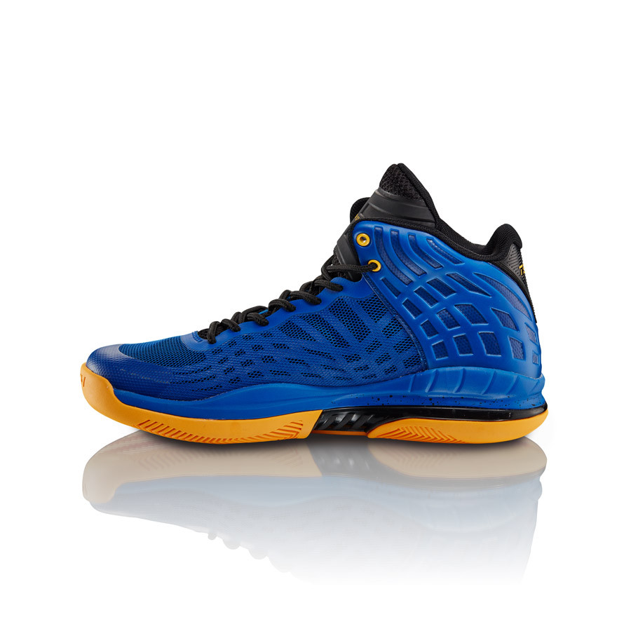 Tesh Sports Introduces New Footwear Lineup For Basketball and Training D-Up 4