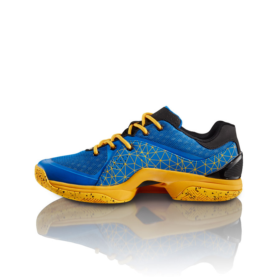 Tesh Sports Introduces New Footwear Lineup For Basketball and Training Vekut Low