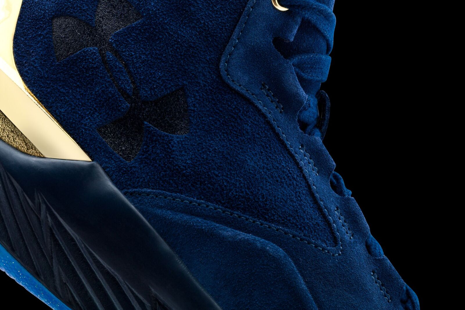 These Three New Colorways of the Curry Lux Drop This Weekend-10