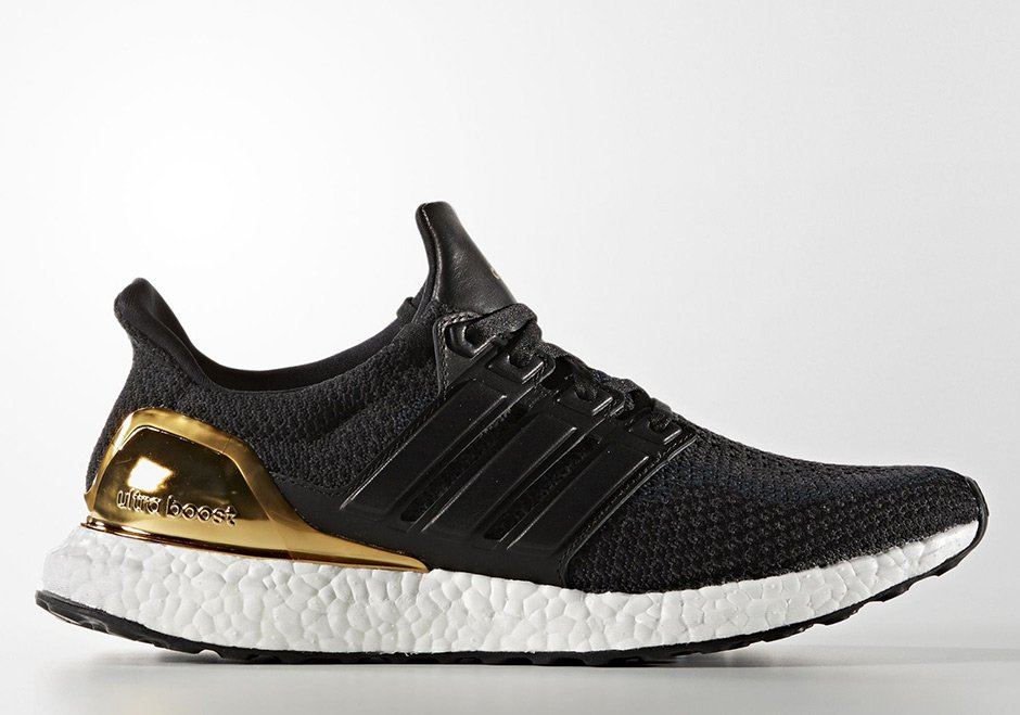 Ultra-Boost-Gold-01