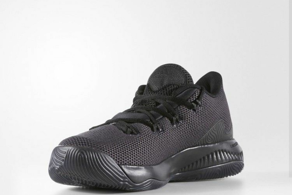 En consecuencia judío solapa  Your First Look at the adidas Crazy Fire - WearTesters
